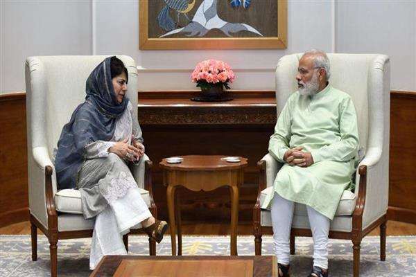 Article 35A row : Jammu and Kashmir CM Mehbooba meets PM Modi | KNO