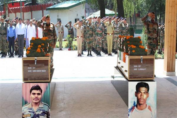 Army pays tributes to soldiers killed in Shopian ecounter | KNO