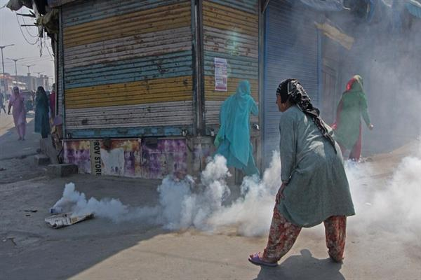 Braid Chopping : Protest erupts in Habba kadal Srinagar | KNO