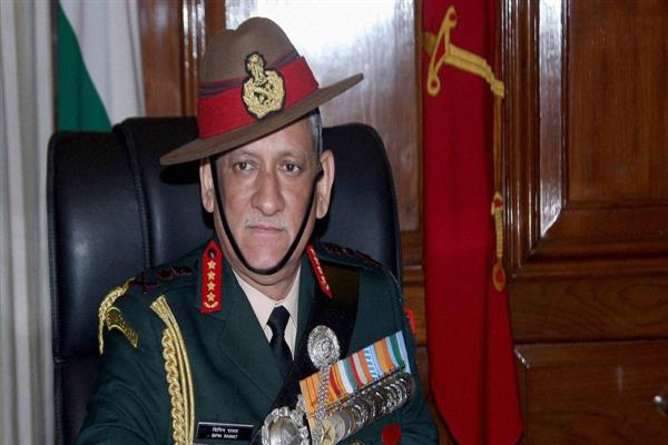 Army Chief reviews security in Kashmir Valley | KNO