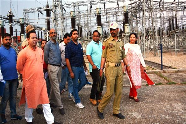Sunil Sharma inspects Grid Stations in Jammu city | KNO