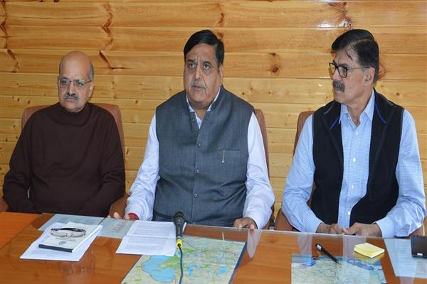 Rains Aftermath : Advisor, Chief Secretary take stock of situation | KNO