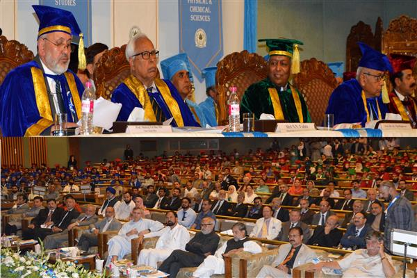 Governor presides over 1st Convocation of Central University of Kashmir | KNO