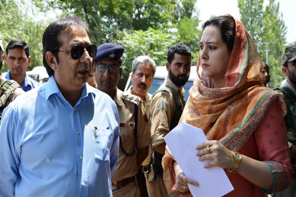 Div Com inspects proposed F&ES Complex site in Budgam | KNO