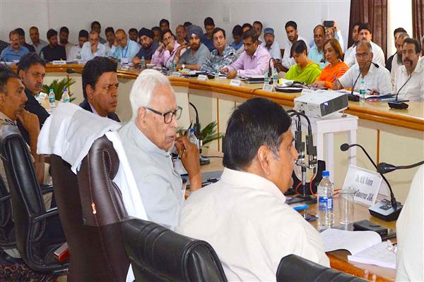 Governor visits Poonch, orders Rs. 6.5 crores additionality for urgent completion of important pending works | KNO