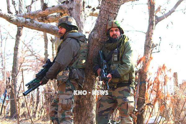 Kulgam Encounter : One militant killed, firing on | KNO