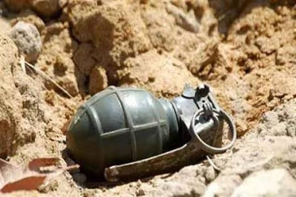3 CRPF men injured in Anantnag grenade blast | KNO