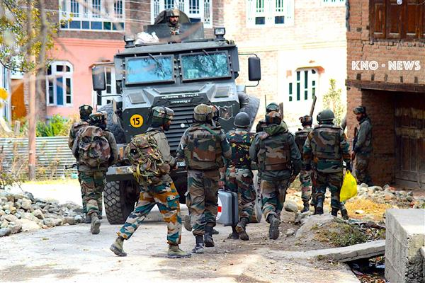 Encounter breaks in Sopore's village | KNO
