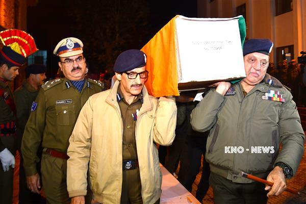 J&K DGP uses Twitter to raise funds for families of Slain SPO's | KNO