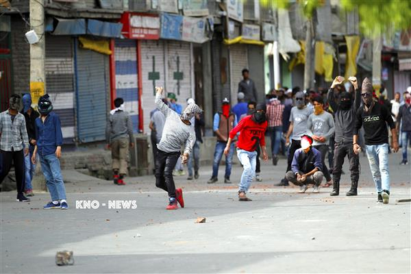 Youth injured during clashes amid CASO in Shopian | KNO