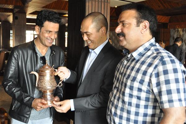 Secretary Tourism meets Bollywood star ManojBajpayee | KNO