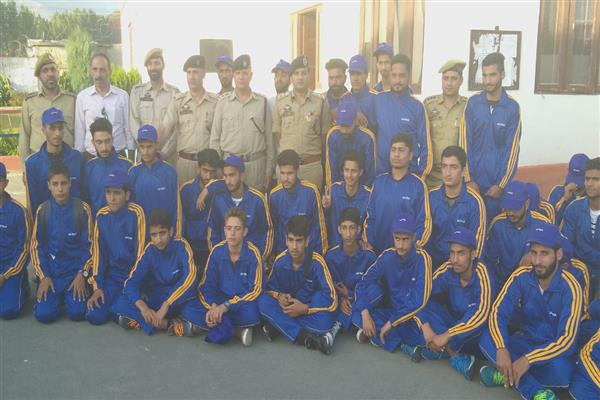 Bharat darshan tour organized by Ganderbal police concludes | KNO