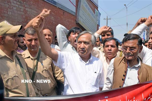 Govt should reconsider its decision of shifting prisoners from Valley jails to outside state : Tarigami | KNO