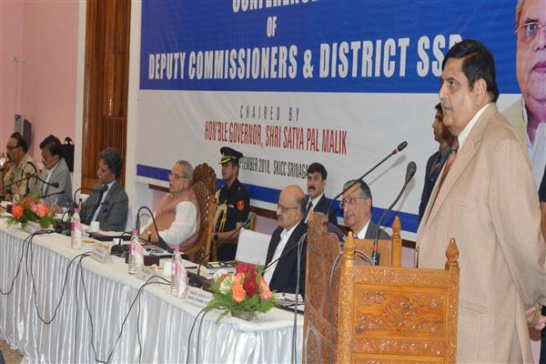 Governor inaugurates conference of Deputy Commissioners, District SSsP | KNO