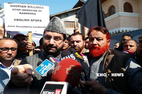 Arrest spree continues to thrust 'election drama' on people, says Mirwaiz | KNO