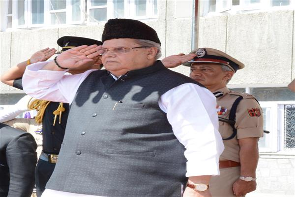 Sharda University Incident : JK Governor speaks to UP Chief Minister | KNO