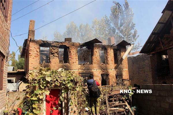 Kulgam locals question forces : 'How could they leave without sanitising the encounter site' | KNO
