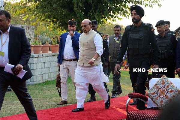 Ensure anti-militancy operations don't disrupt mood for Panchayat polls : Rajnath tells security top brass | KNO