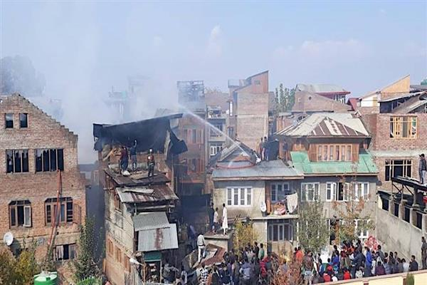 Fire renders five families homeless in Chattabal | KNO
