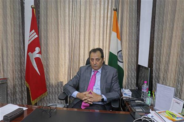 Resolve all Migrant issues on priority : Div Com to DCs | KNO