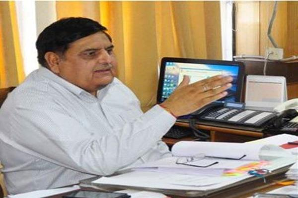 Budgam: Advisor Vyas reviews performance of Revenue Dept | KNO