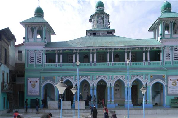 Situation Tense in Bhaderwah after miscreants raise provocative slogans in front of Jamia Masjid | KNO