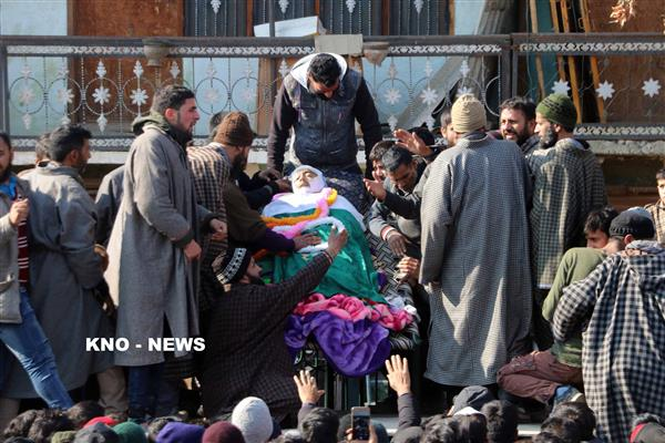 7 civilians, 3 militants, Army man killed during Pulwama gunfight, over 60 injured | KNO