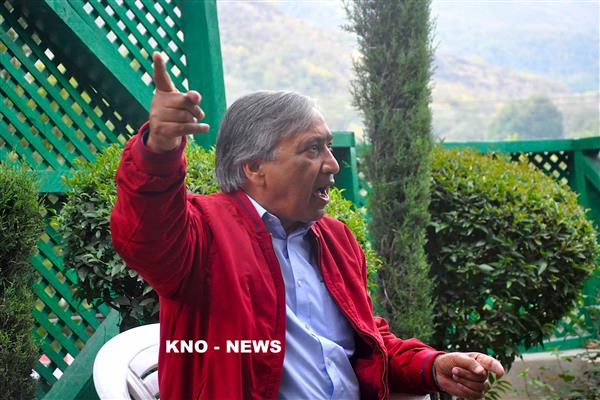 Tarigami demands loan waiver to farmers, orchardists | KNO