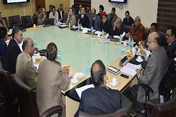 Republic Day-2019: CS chairs high level meeting to finalize arrangements | KNO