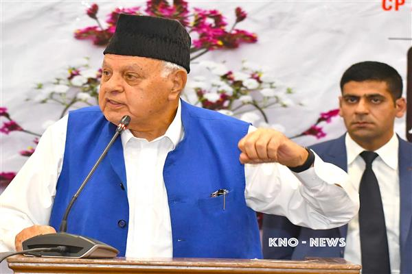 JK people can't  go to Pak but have a right to live peacefully in independent India: Dr Farooq | KNO