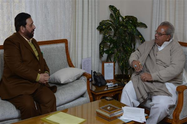 Hakeem Yaseen meets Governor | KNO