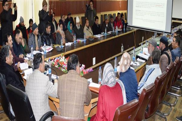 Advisor Ganai reviews Education scenario in Kashmir | KNO