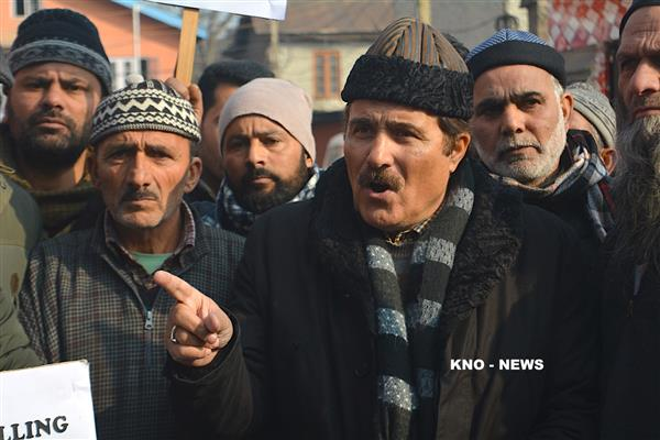Mubarak Gul demands upgradation of electricity transformers in Eidgah Constituency | KNO