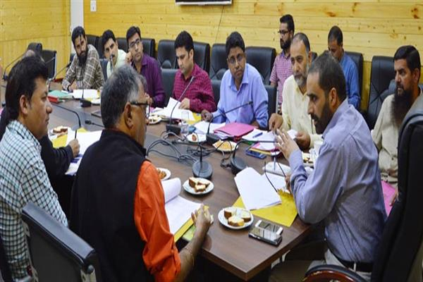 Dir Info reviews functioning of Kashmir division offices | KNO