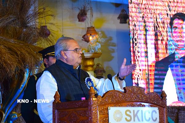 Guv, Minister of Road Transport and Highway review progress of Projects in J&K | KNO