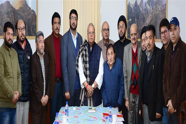 Guv addresses concern of Kargil, meets Coordination Committee | KNO