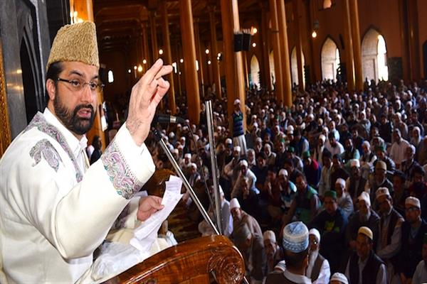 Mirwaiz denounces thrashing, intimidation of Kashmiris outside Valley | KNO