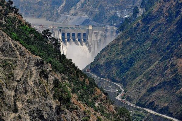 New Delhi decides to stop its share of water to Pakistan | KNO