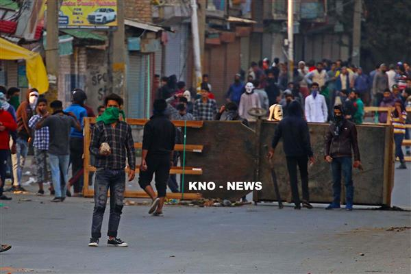 Clashes in Kulgam, two receive bullet injuries, stable | KNO