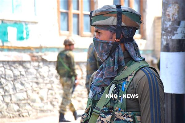 After 14 years, Srinagar to see BSF men on static guard duty | KNO