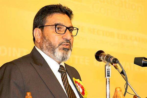 Altaf Bukhari grieved over demise of Qazi Mohammad Afzal | KNO