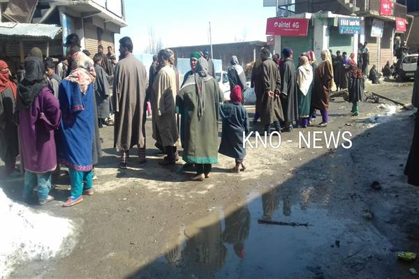 Keller Shopian shuts against alleged high handedness of Forces | KNO