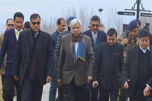 Special Election Observers arrived in Kashmir to review security, get feedback on situation | KNO