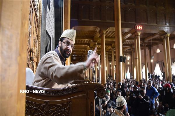 Hurriyat fighting for peaceful resolution of Kashmir, that's not terrorism: Mirwaiz Umar | KNO