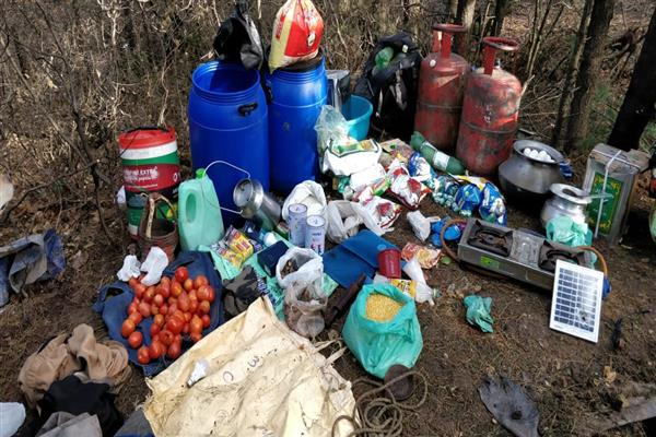 Hideout busted in orchards of Shopian | KNO