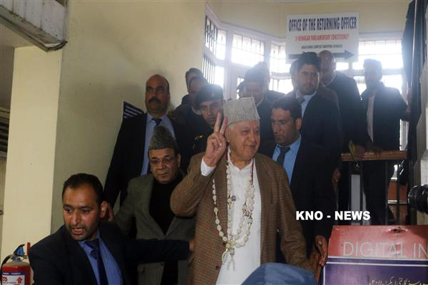 Farooq Abdullah files nomination papers with DC Srinagar's office, to contest on Sringar-Budgam seat | KNO