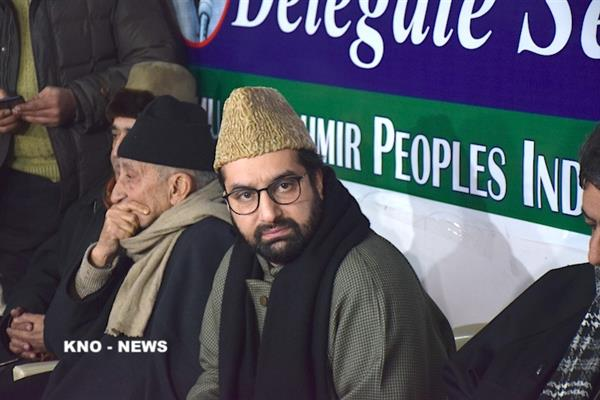 Mirwaiz Umar to face NIA questioning on third straight day tomorrow | KNO