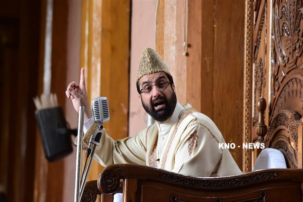 I am not the one who speaks in different tones in Kashmir, Jammu, Delhi: Mirwaiz Umar | KNO