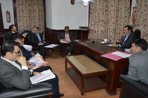 Div Com reviews issues of School of Architecture, Bemina | KNO