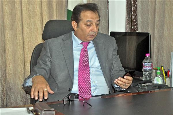 Div Com reviews status of work on various projects in power sector | KNO